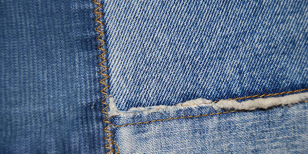 3319698163 c3f4272a03 z 30 Lavish Jeans Textures (Flickr Edition)
