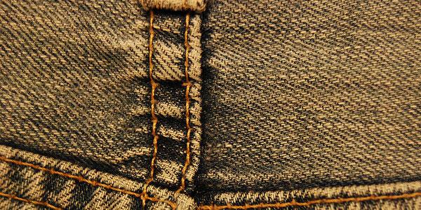 3320517892 7170ac1846 z 30 Lavish Jeans Textures (Flickr Edition)