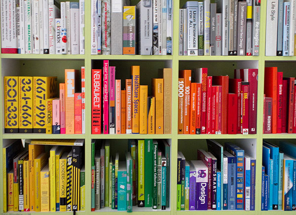 The Colorful Library of an Interaction Designer (Juhan Sonin) / 20100423.7D.05887.P1 / SML