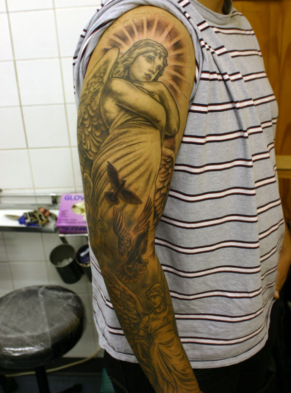 Angel-and-doves-tattoo
