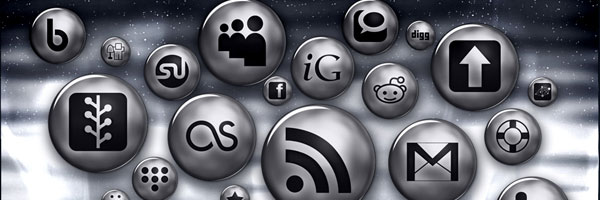 Ultra Glossy Silver Button Social Media Icons