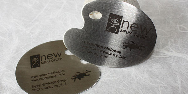 media metal business card 30 Great Looking Metal Business Cards