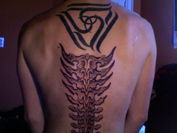 spinal piece 20 Tattoo Ideas For Men