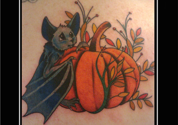 pumpkin bat 20 Cute Tattoos