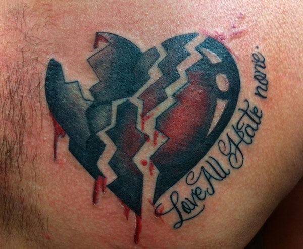 design tattoo 25 Top Heart Tattoos