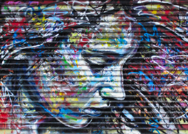 beautiful girl 30 Great Examples of Graffiti Art