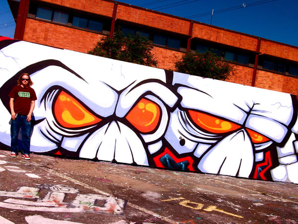 skullz close up 30 Great Examples of Graffiti Art