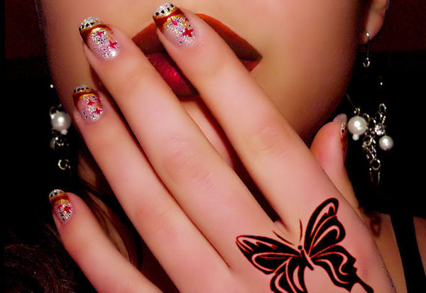 new year nail art 25 Really Beautiful Nail Art Designs
