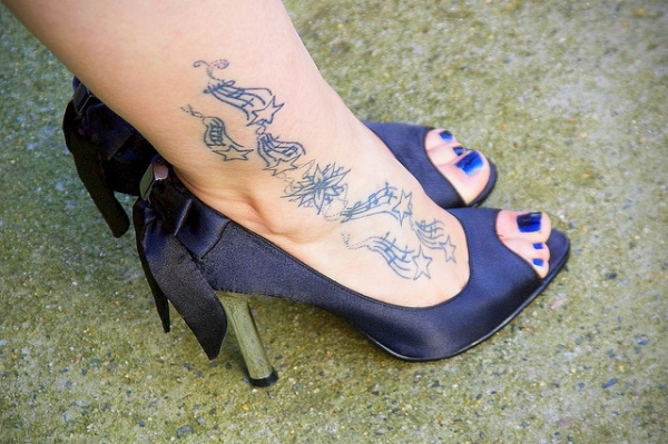 cool ankle star tattoo 30 Creative Female Tattoo Designs