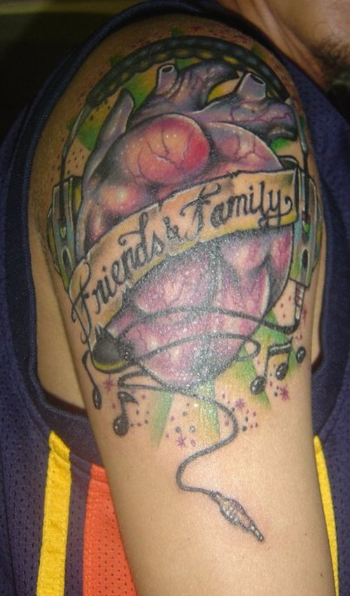 friends and family 20 Majestic Best Friend Tattoos