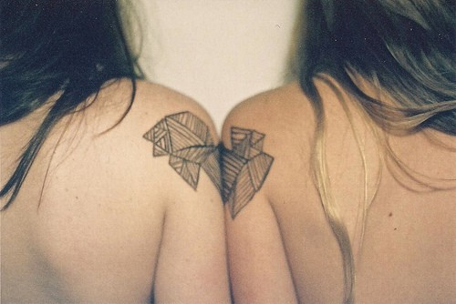 shoulder to shoulder 20 Majestic Best Friend Tattoos