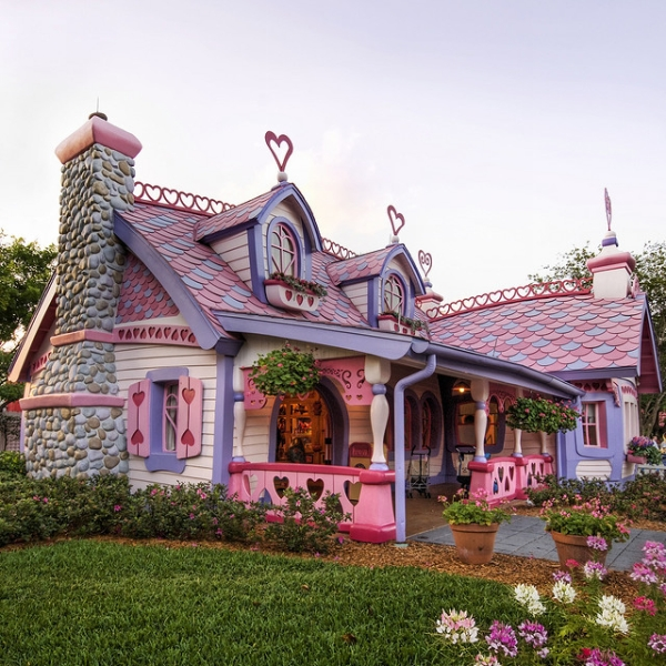 Little Lovely Pink House