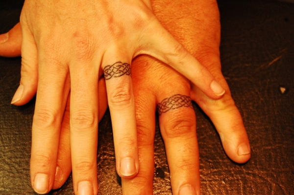 cool ring tattoo 25 Groovy Matching Tattoos