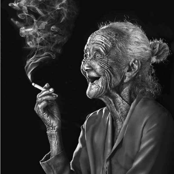 Image of: Face Old Balinese Smoker Slodive Pictures Of Old People 25 Heart Warming Examples Design Press
