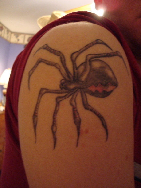 black spider tattoo 20 Scary Spider Tattoos