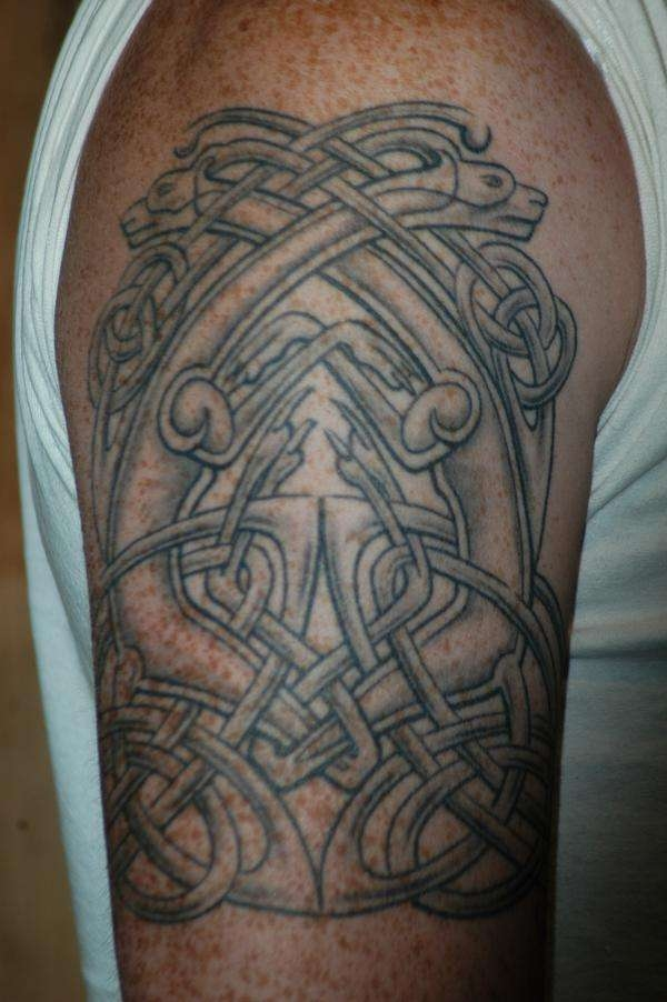celtic dogs tattoo 25 Awesome Celtic Knot Tattoos