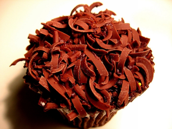 choco flakes cupcake 30 Yummy Cupcake Designs