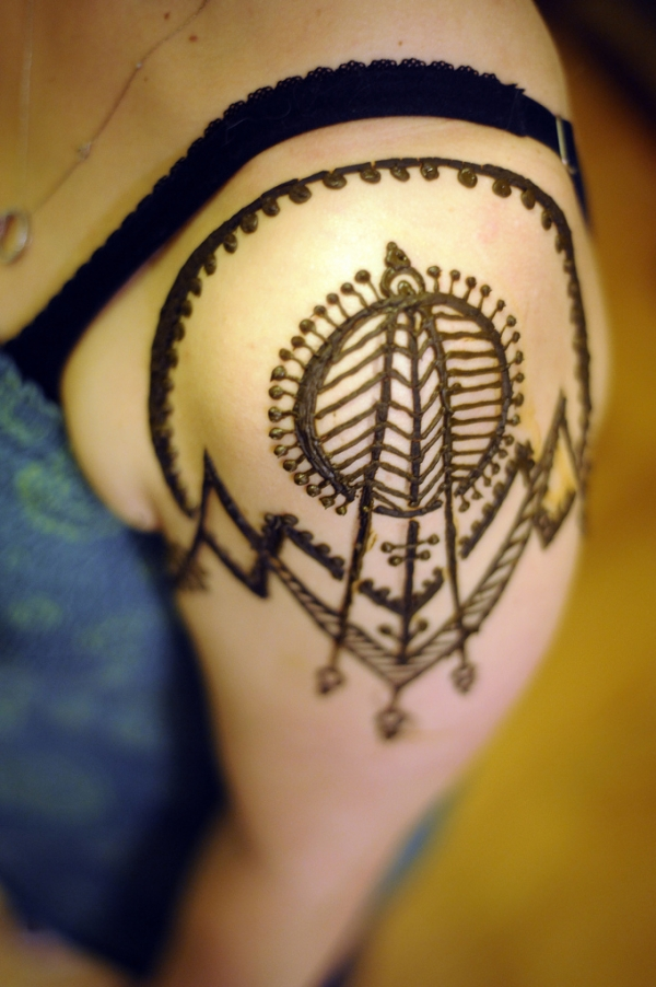 funky henna design 25 Excellent Henna Tattoo Designs