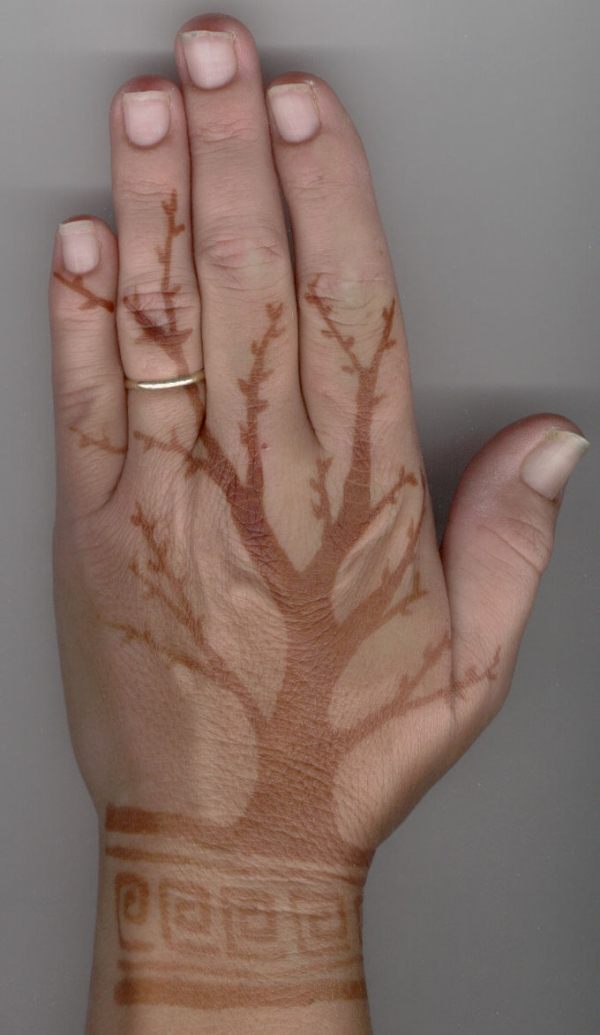 henna tree tattoo 25 Excellent Henna Tattoo Designs