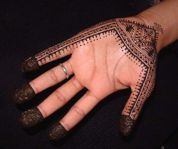 super cool henna tattoo 25 Excellent Henna Tattoo Designs