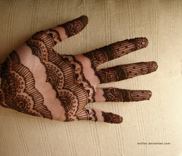 very stylish henna design 25 Excellent Henna Tattoo Designs