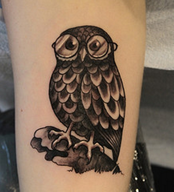 dark owl 20 Awesome Owl Tattoo Designs