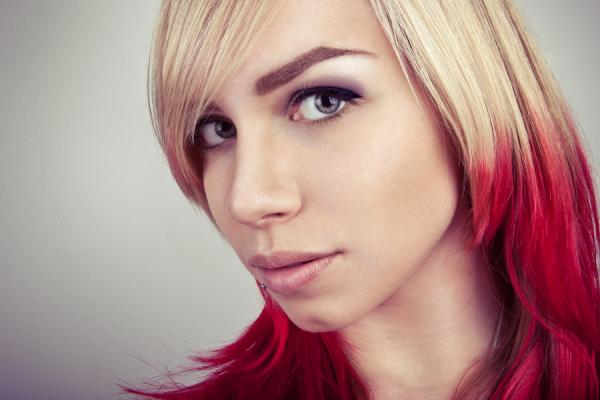 flames hairstyle 30 Blonde Hair With Red Highlights Ideas