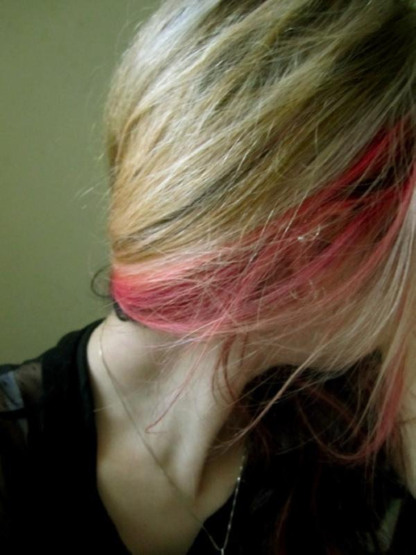 red hair streak 30 Blonde Hair With Red Highlights Ideas