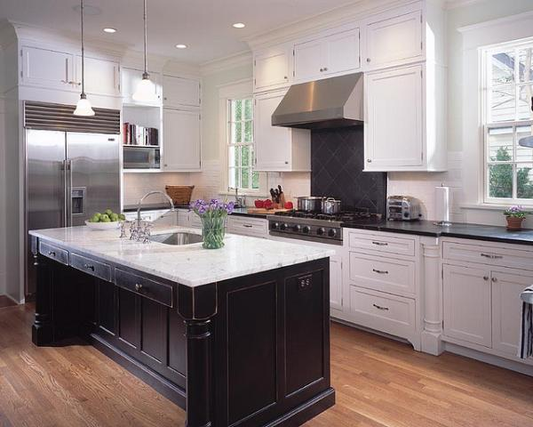 Well-Lighted Kitchen Design