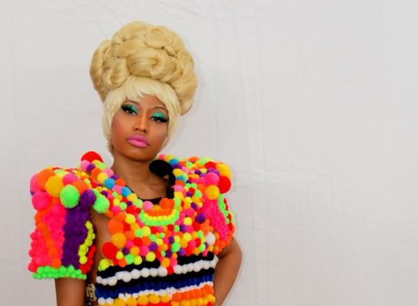 golden mushroom hair 30 Sexy Nicki Minaj Hairstyles