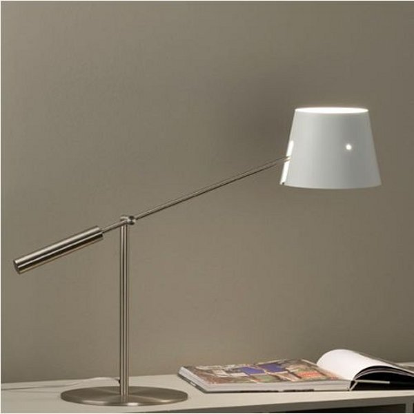 Metalarte Libra M desk lamp