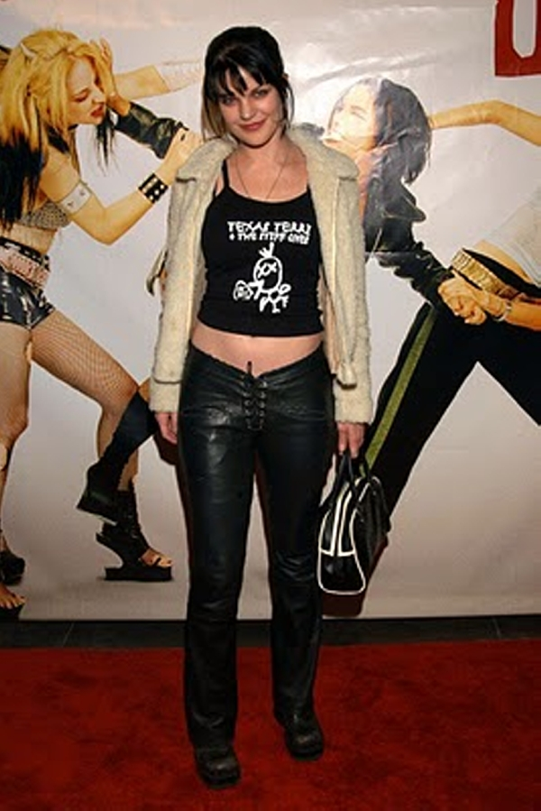 Pauley Perrette Belly Tattoo