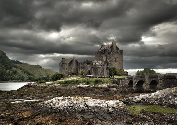 the deserted castle 50 Pretty Backgrounds You Cant Afford To Miss