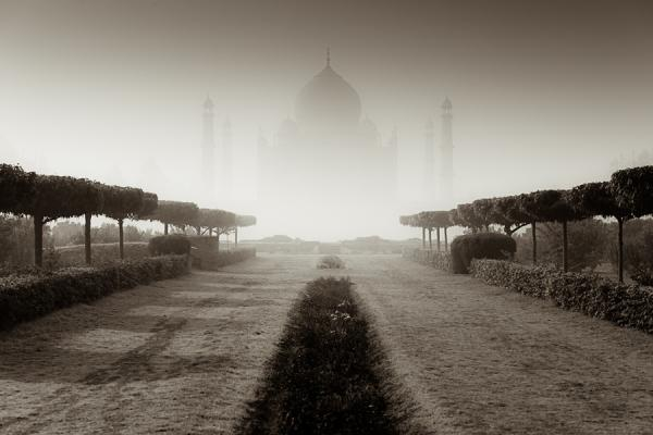 the floating palace of taj 50 Pretty Backgrounds You Cant Afford To Miss