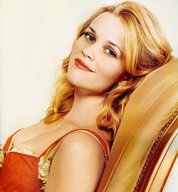 short curly hair 30 Glorious Reese Witherspoon Hairstyles