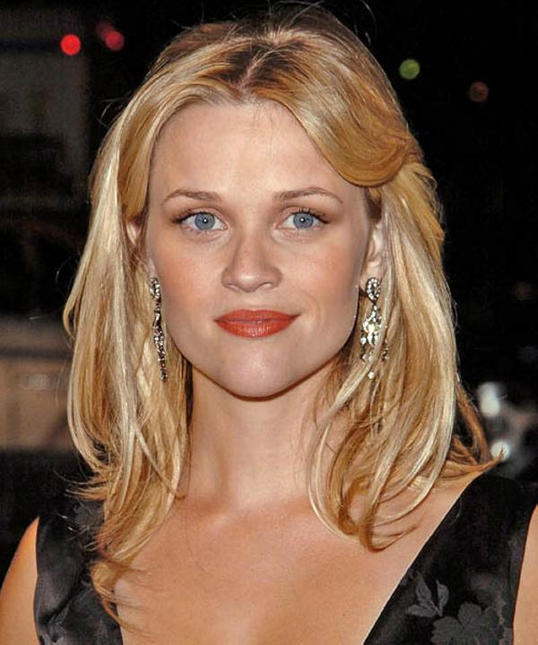 30 glorious reese witherspoon hairstyles slodive sweet modified curls pmusecretfo Gallery