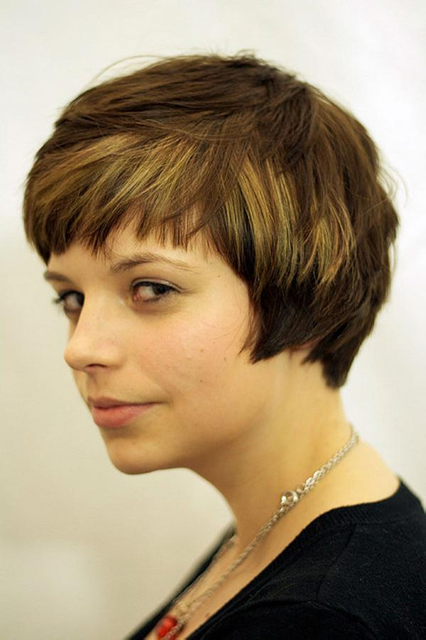 Short Hairstyles For Women 40 Pretty Collections Slodive