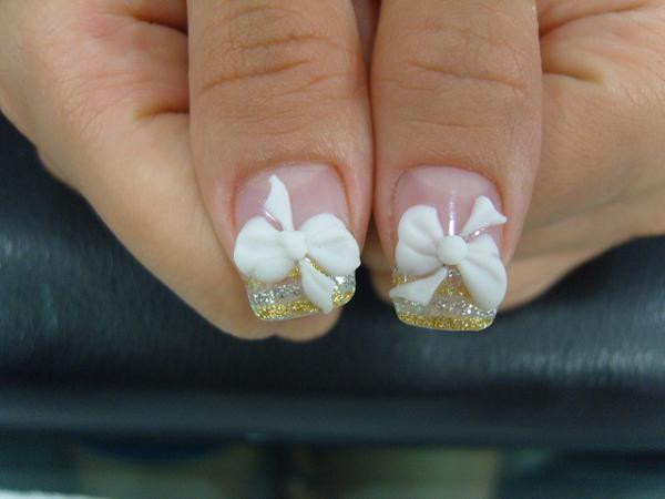 3D Ribbon Gel Nails