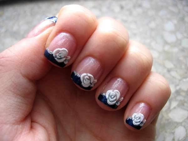 white floral 25 Mind Blowing 3D Nail Art