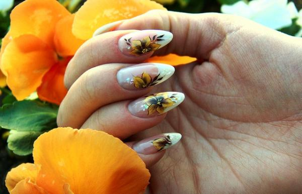 Brown Flower Nails