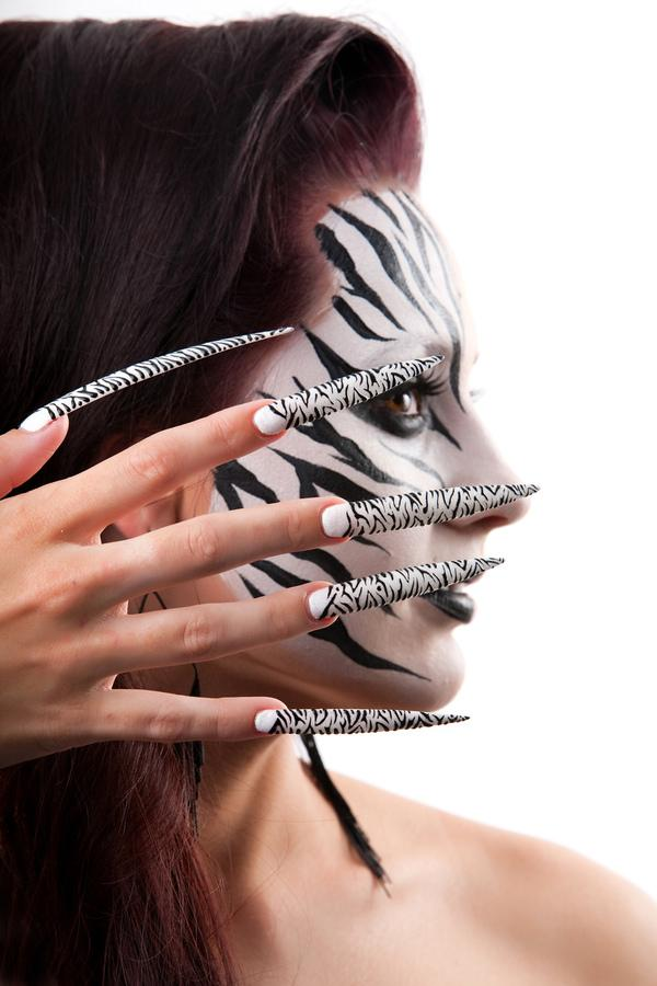 Long Zebra Nails