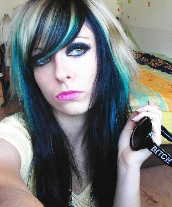 scene emo girls 35 Glorious Black Hair With Blonde Highlights