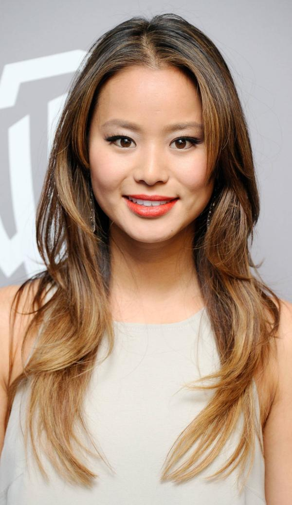 jamie chung ombre straight hair 30 Sexy Brown Hair With Caramel Highlights