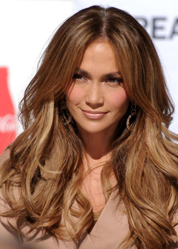 30 sexy brown hair with caramel highlights slodive brown hair with caramel highlight jennifer lopez pmusecretfo Images