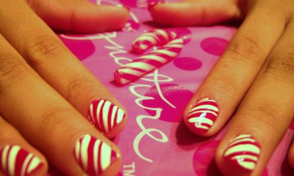 candy cane 40 Cool Nail Designs You Will Love