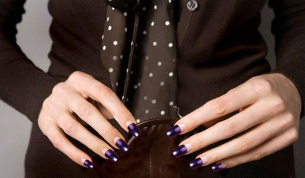 Shining Purple Nails