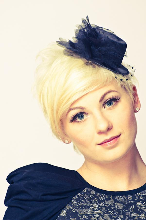 becca pic 35 Cute Hairstyles For Short Hair You Should Try On