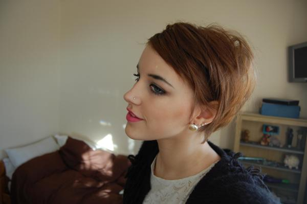short brown hair 35 Cute Hairstyles For Short Hair You Should Try On