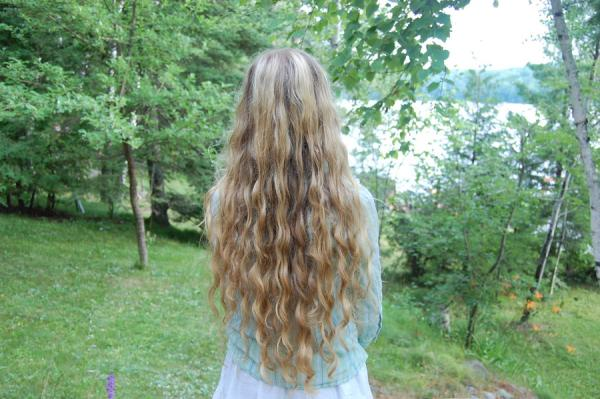 curly long light brown hair 40 Gorgeous Easy Hairstyles For Long Hair