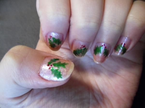 christmas pattern 40 Easy Nail Designs You Can Try Any Day